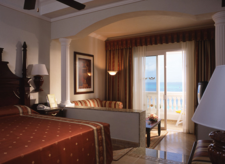 Group Rates for RIU Palace Las Americas  (2)