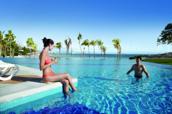 Group Packages for RIU Resort