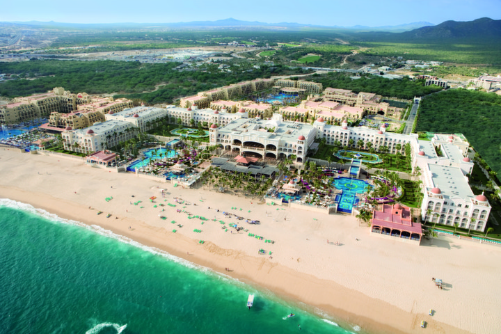 Group Travel to RIU Santa Fe