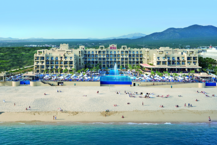 Group Vacation Packages RIU Santa Fe (3)